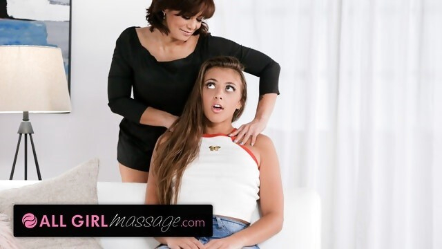 AllGirlMassage Gia Derza & Her BFF's Mom Make Each Other Squirt During Massage Seance BongaCams allgirlmassage