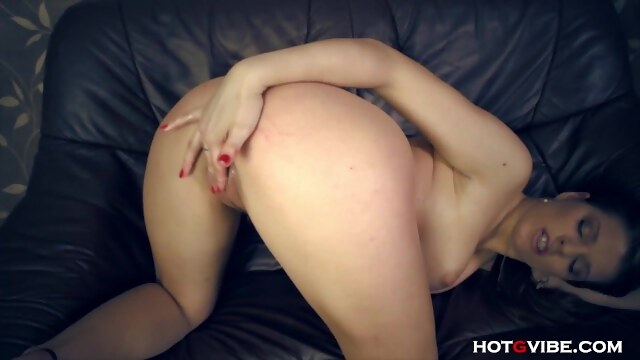 Oiled Up Tramp has a Wet Squirting Orgasm BongaCams czech