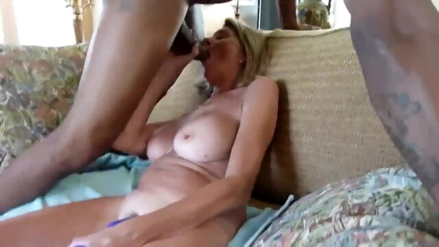 Wife begs bbc to hurt her BongaCams blonde