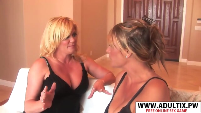 Lucky Mommy Debi Diamond, Ginver Lynn Seduces Sweet Tender Stepson BongaCams big tits