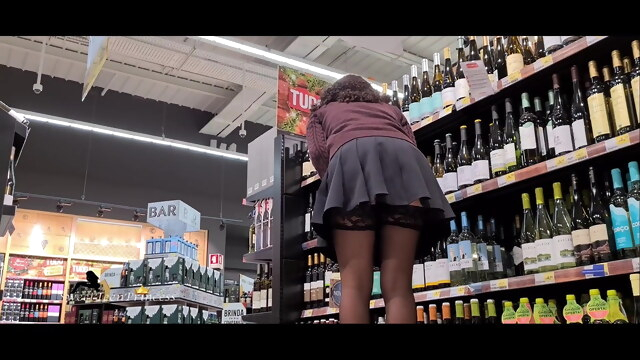 CUTE TEEN STALKED WITH CANDID UPSKIRT AT THE SUPERMARKET P2 BongaCams amateur