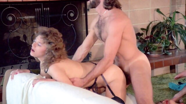 Lady Dynamite (1983) BongaCams blowjob