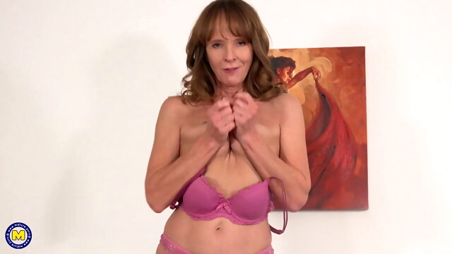 Fit grandmother fucks her old pussy BongaCams amateur