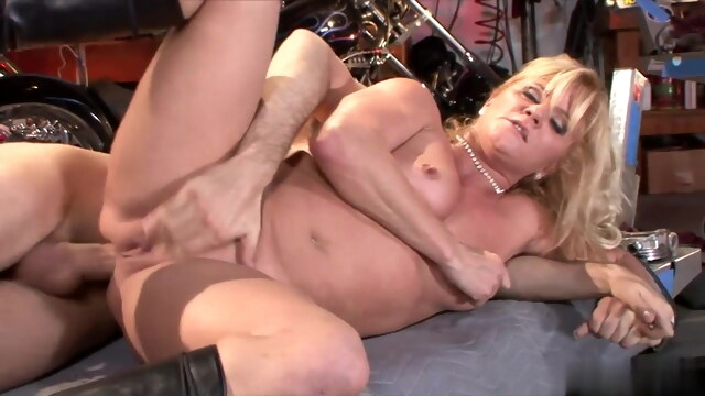 The start of my granny fetish 099 BongaCams anal