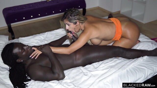 Muscled, black man is fucking a white slut, Mia Linz, while her boyfriend is out of town BongaCams big ass