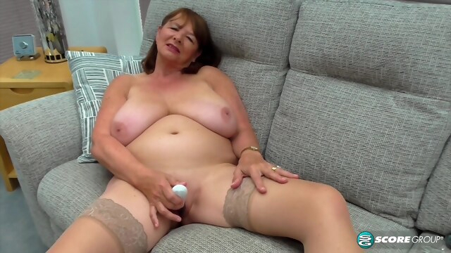 PornMegaLoad - Jilly Smith BongaCams big tits